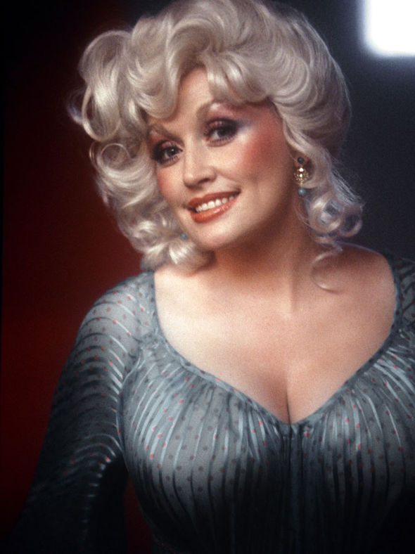 Dolly-Parton-in-the-1970s-442243